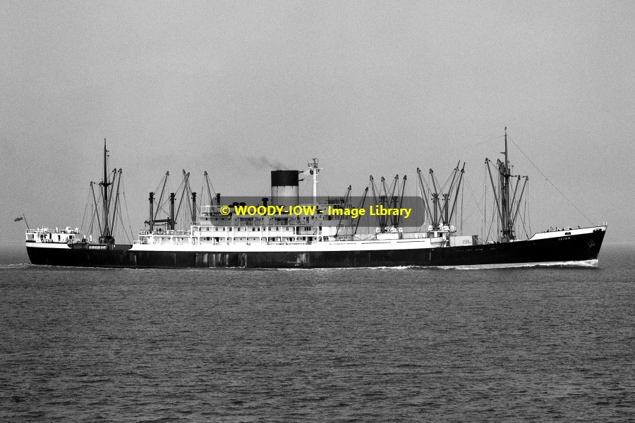 Mc0130 blue funnel cargo ship ixion built 1951 for Malcolm x fenetre